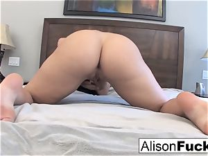Alison Tyler plays with her gash