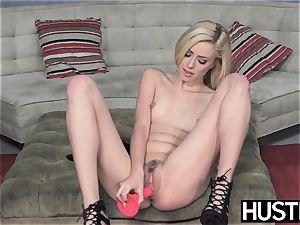 Irresistible Haley Reed blowbanged before filthy facial