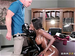 Diamond Jackson - Oily rubdown in the office