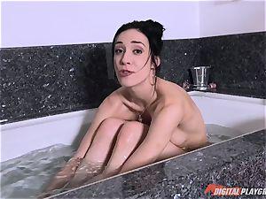 Aiden Ashley toying with her twat underwater