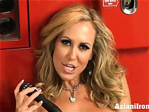 torn up Brandi love unclothes and jacks
