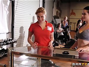 Serious gash workout for Katrina Jade