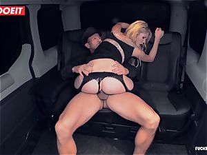 hot Czech stunner plumbs the Driver to come back her Luggage