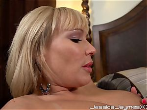 cable on smashing lezzies with Jessica Jaymes, Austin Taylor and Mellanie Monroe