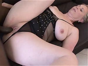senior lady jaws smash fellate fellatio gulping cum