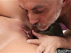 mega-slut Alanah Rae gets gobbled out by a wrinkly granddad