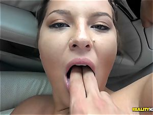 beef whistle eating Scarlett Jennings in the car