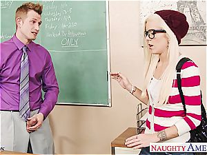 Geeky student Halle Von ravage in classroom