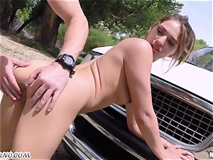 Border penetrate bony emigrant Sara Luvv on the rubber hood