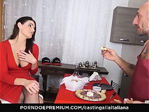 audition ALLA ITALIANA - buxom dark haired loves humid anal