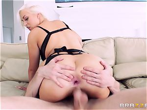 Jenna Ivory very first ass fucking in her tight donk