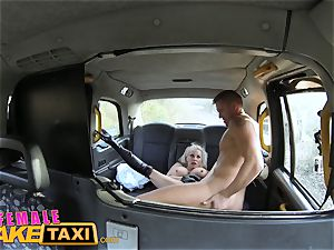 girl fake taxi Office worker gets a buxomy surprise
