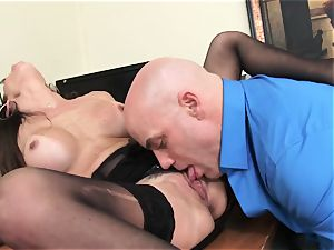 Office sweetheart Dava Foxx Blows Her manager to Keep Her Job