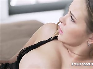 Private.com Candy Alexa bootylicious and busty honey enjoys ass fucking