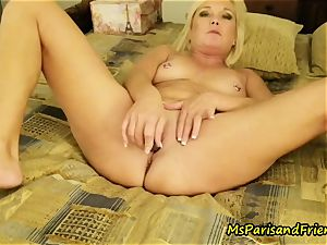 Ms Paris in rectal fucktoy orgasms with Triple invasion