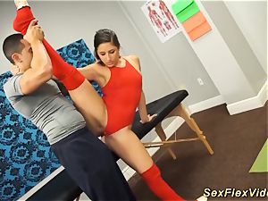 Flexi Bella Danger hookup gymnastic