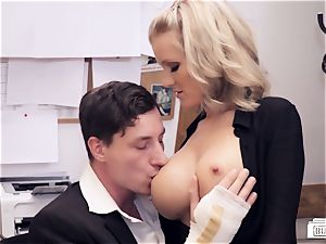 backsides BUERO - crazy office sex with German assistant