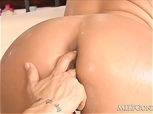 MILFGonzo immense blonde cougar Phoenix Marie gets rectally pounded
