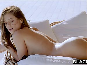 BLACKED lil' whim Is A warm wifey On Vacation