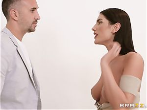August Ames fucked stiff by Keiran