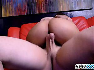 pole dancing Sophia Leone gagging on a large pole manmeat