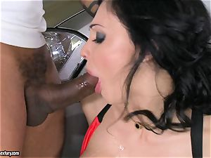 gorgeous Aletta Ocean plays with a black man rod in her lubricious torrid hatch