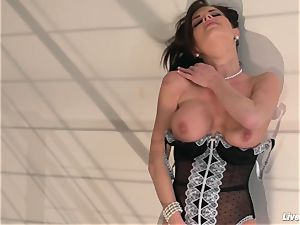 LiveGonzo Veronica Avluv horny Mature likes hard-on