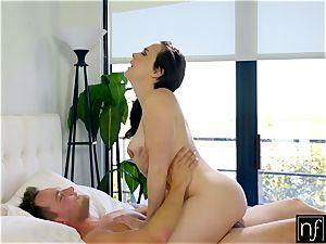 Sleeping Chanel Preston Wakes Up To molten sex S4:E5